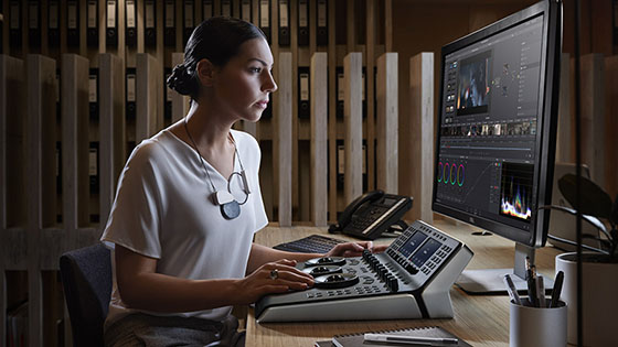 Blackmagic Design DaVinci Resolve Mini Panel