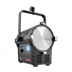 "300 Daylight 7"" LED Fresnel Light"